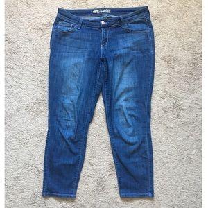 Old Navy Ankle Capri Jeans